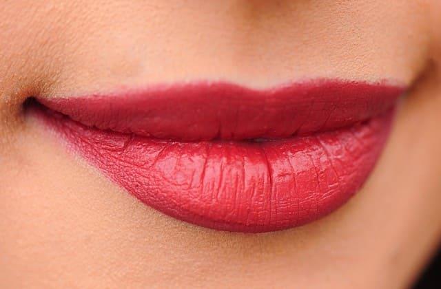 Cara Memerahkan Bibir Secara Alami Alternatif Terbaik Untuk Mengurangi Ketergantungan Pemakaian Lipstik